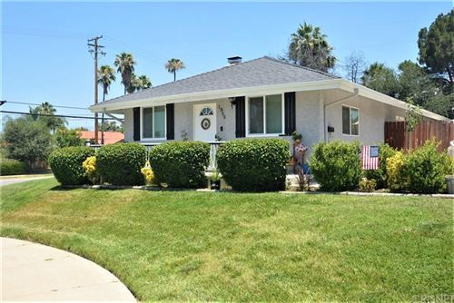 Photo of 1355 West CYPRESS Avenue, Redlands, CA 92373 (MLS # SR20034540)