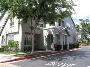 Photo of 24080 MEADOWBROOK Lane, Valencia, CA 91354 (MLS # SR18092542)