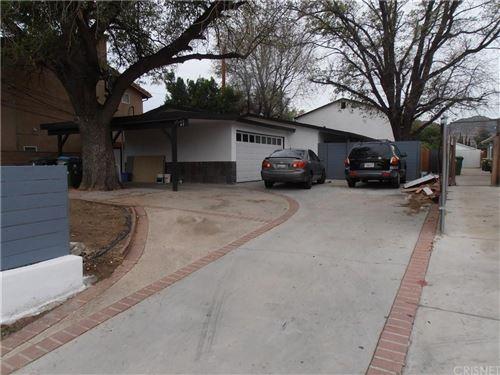 Photo of 10145 REMMET Avenue, Chatsworth, CA 91311 (MLS # SR19276542)