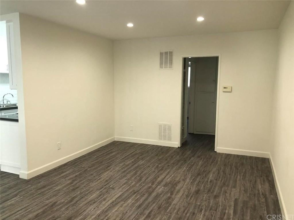 Photo of 7518 LEXINGTON Avenue #2, West Hollywood, CA 90046 (MLS # SR20007543)