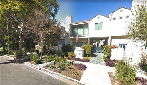 Photo of 14101 DICKENS Street #9, Sherman Oaks, CA 91423 (MLS # SR20056549)