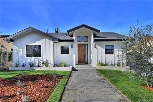 Photo of 5001 RUBIO Avenue, Encino, CA 91436 (MLS # SR20034551)