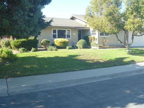 Photo of 2325 ROWLAND Avenue, Simi Valley, CA 93063 (MLS # 219014552)