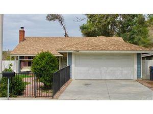 Photo of 27846 RIDGEGROVE Drive, Saugus, CA 91350 (MLS # SR18064553)