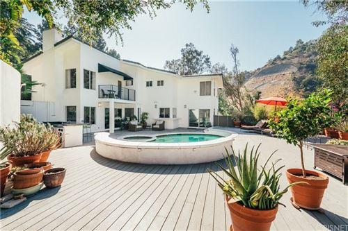 Photo of 1871 MOUNT OLYMPUS Drive, Los Angeles , CA 90046 (MLS # SR19264553)