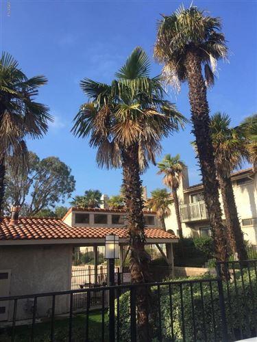 Photo of 184 HELECHO Court, Thousand Oaks, CA 91362 (MLS # 220000555)