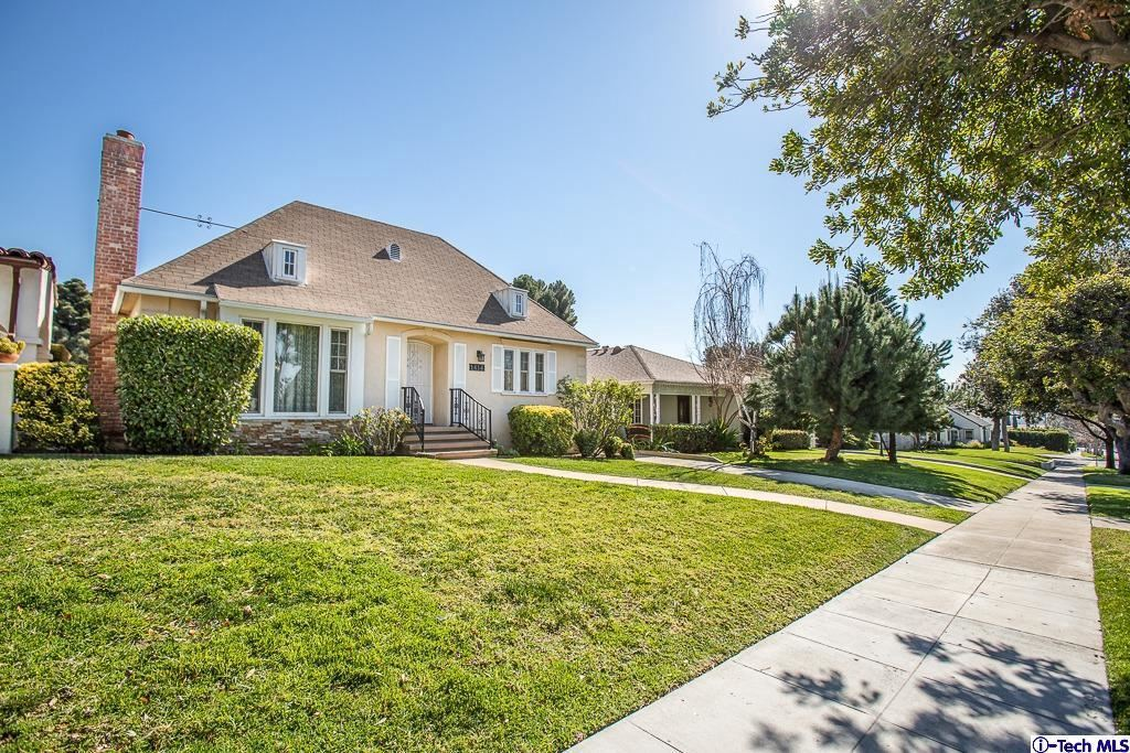 Photo of 1414 VIRGINIA Avenue, Glendale, CA 91202 (MLS # 320000555)