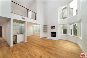 Photo of 830 HAVERFORD Avenue #2, Pacific Palisades, CA 90272 (MLS # 18314556)