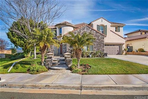 Photo of 26954 BOULDER CREST Drive, Valencia, CA 91381 (MLS # SR20002559)