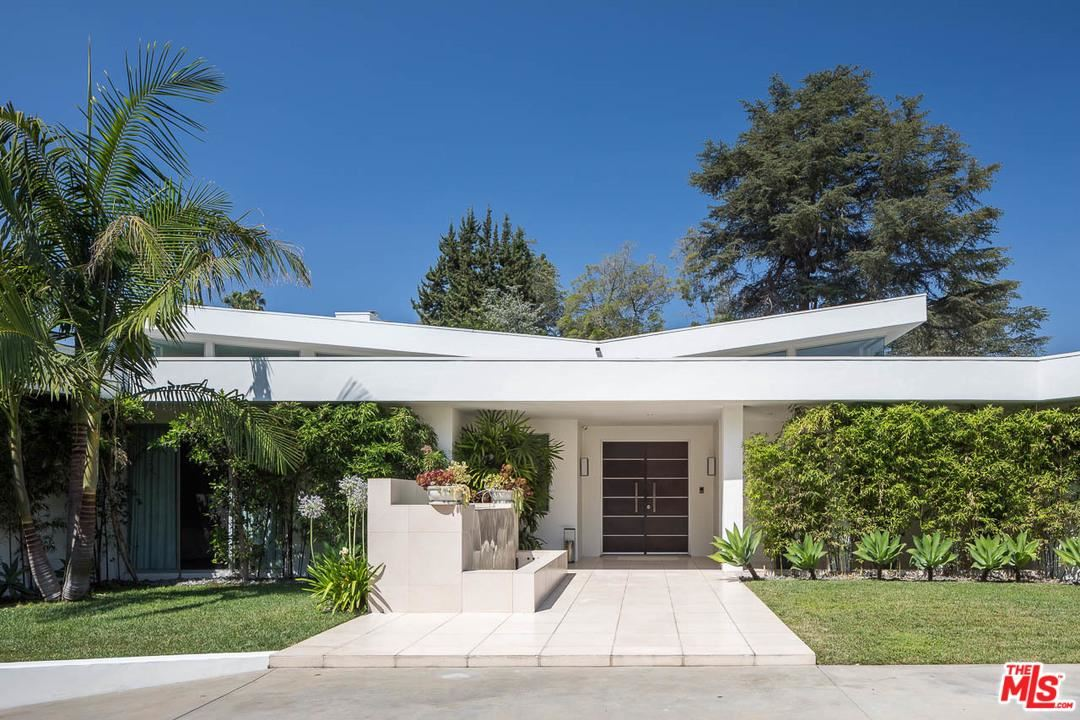 Photo of 1003 North BEVERLY Drive, Beverly Hills, CA 90210 (MLS # 20549560)