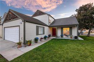 Photo of 1231 ESCALON Drive, Oxnard, CA 93035 (MLS # 218002563)