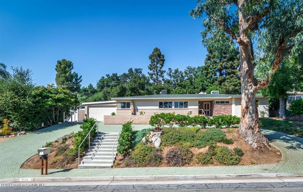 Photo for 2143 SUNNYBANK Drive, La Canada Flintridge, CA 91011 (MLS # 818004565)