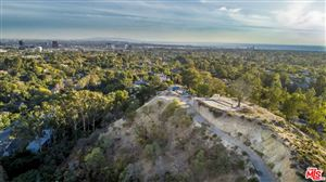 Photo of 592 North TIGERTAIL Road, Los Angeles , CA 90049 (MLS # 18341566)