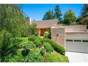 Photo of 19760 GREENBRIAR Drive, Tarzana, CA 91356 (MLS # SR18115569)