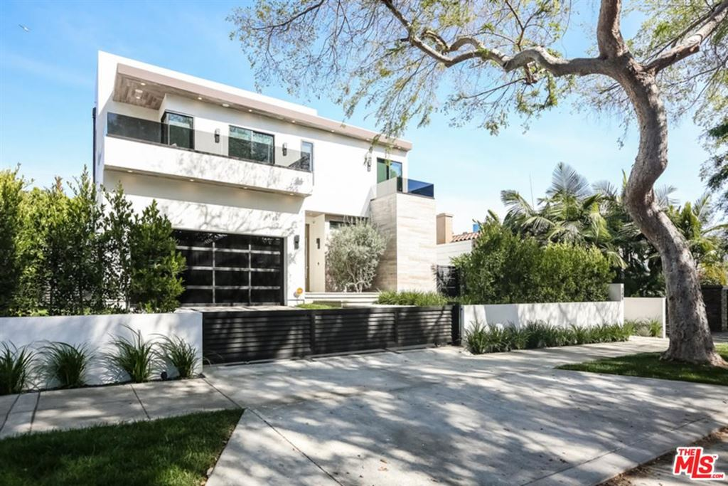 Photo for 740 North STANLEY Avenue, Los Angeles , CA 90046 (MLS # 18333570)