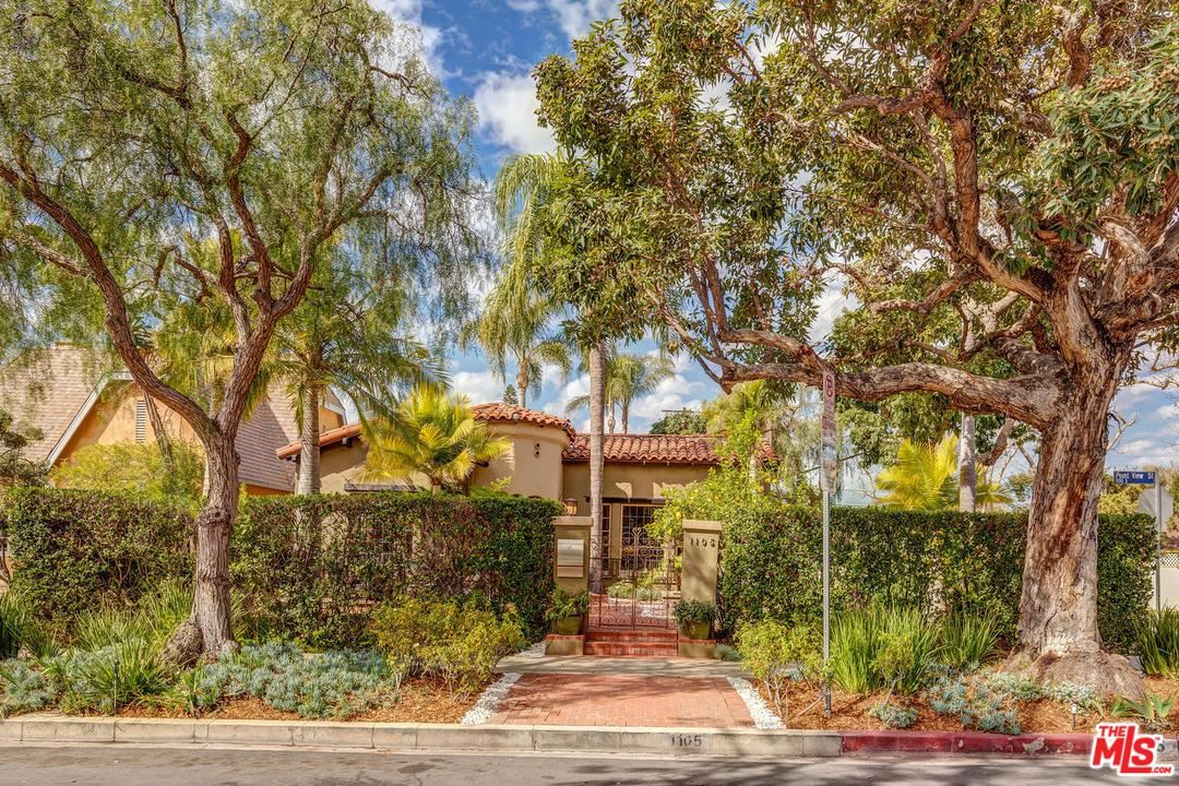 Photo of 1105 South POINT VIEW Street, Los Angeles , CA 90035 (MLS # 20556572)