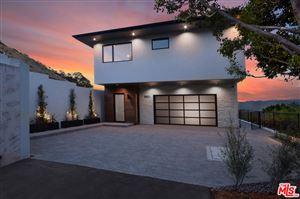 Photo of 3801 ENCINO VERDE Place, Encino, CA 91436 (MLS # 18410576)