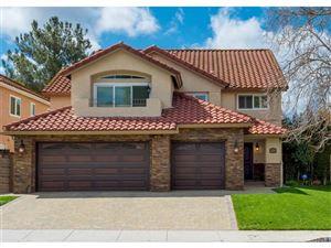 Photo of 5230 EVANWOOD Avenue, Oak Park, CA 91377 (MLS # SR18061577)