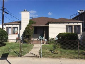 Photo of 10945 MOORPARK Street, North Hollywood, CA 91602 (MLS # SR18244578)