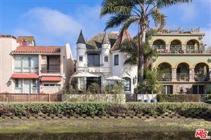 Photo of 452 South CARROLL CANAL, Venice, CA 90291 (MLS # 18341580)