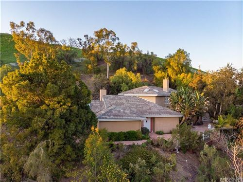 Photo of 23747 OAKFIELD Road, Hidden Hills, CA 91302 (MLS # SR19201582)