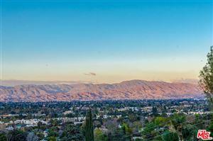 Photo of 13481 CHELTENHAM Drive, Sherman Oaks, CA 91423 (MLS # 18353584)