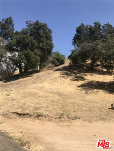 Photo of 28966 MORNINGSIDE Drive, Castaic, CA 91384 (MLS # 20543584)