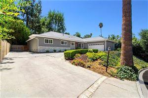 Photo of 19610 LINNET Street, Tarzana, CA 91356 (MLS # SR19206588)
