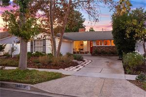 Photo of 14019 RUNNYMEDE Street, Van Nuys, CA 91405 (MLS # SR19263588)