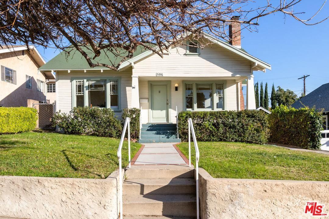 Photo of 5316 SIERRA VILLA Drive, Los Angeles , CA 90041 (MLS # 20556588)