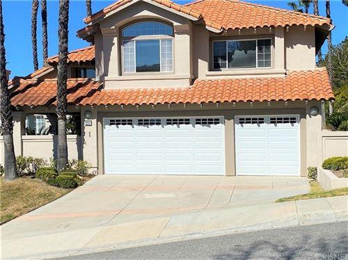 Photo of 22147 CAIRNLOCH Street, Calabasas, CA 91302 (MLS # SR20060590)