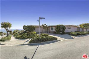 Photo of 3703 CASTLEROCK Road, Malibu, CA 90265 (MLS # 18307592)