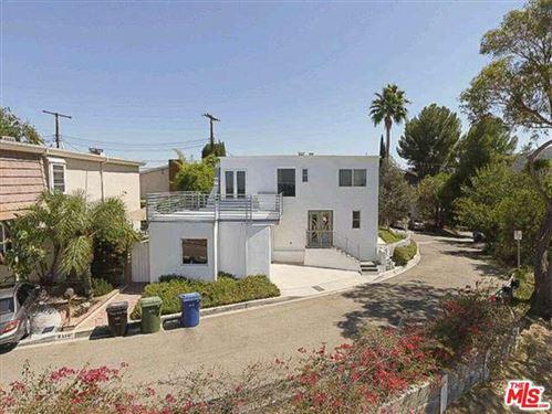 Photo of 4302 TORREON Drive, Woodland Hills, CA 91364 (MLS # 19535592)