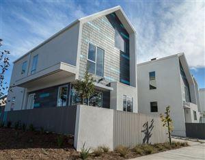 Photo of 800 CHESTNUT Avenue, Highland Park, CA 90042 (MLS # 317007592)