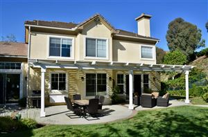 Photo of 226 EVERGREEN Court, Simi Valley, CA 93065 (MLS # 218010594)
