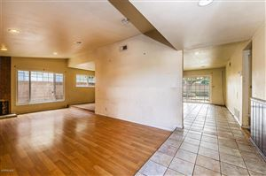 Photo of 2924 HILLDALE Avenue, Simi Valley, CA 93063 (MLS # 219000597)