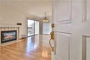 Photo of 861 WARWICK Avenue, Thousand Oaks, CA 91360 (MLS # 219003597)