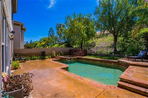 Photo of 172 PARKSIDE Drive, Simi Valley, CA 93065 (MLS # 218007598)
