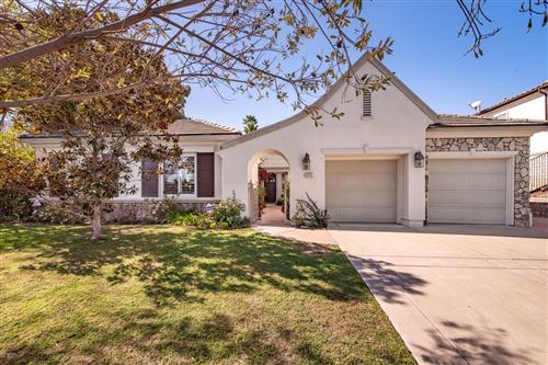 Photo of 975 WESTBLUFF Place, Simi Valley, CA 93065 (MLS # 220001600)
