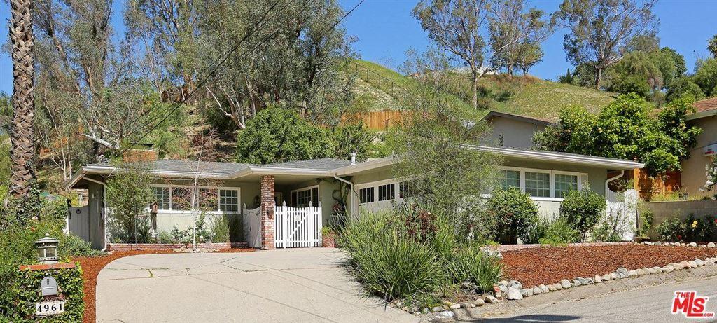Photo for 4961 CALDERON Road, Woodland Hills, CA 91364 (MLS # 18331600)