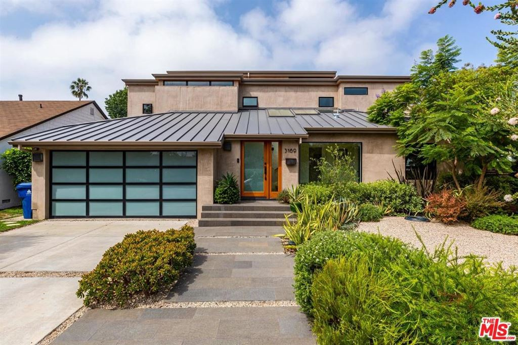 Photo for 3169 COOLIDGE Avenue, Los Angeles , CA 90066 (MLS # 19499600)
