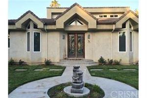 Photo of 5220 QUAKERTOWN Avenue, Woodland Hills, CA 91364 (MLS # SR18103606)