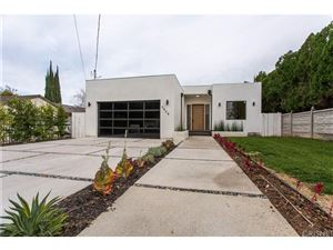Photo of 5804 DONNA Avenue, Tarzana, CA 91356 (MLS # SR18288610)