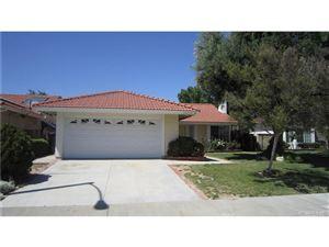 Photo of 28029 WOODSTOCK Avenue, Castaic, CA 91384 (MLS # SR18121611)