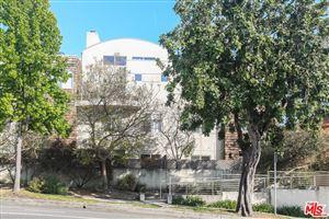 Photo of 1212 OCEAN PARK #19, Santa Monica, CA 90405 (MLS # 18342612)