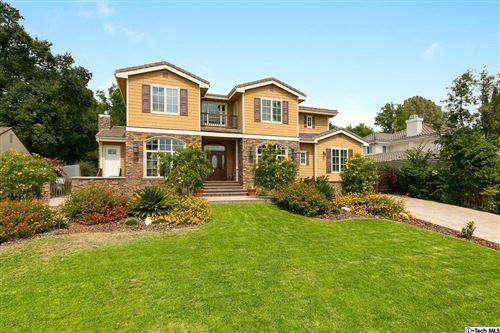 Photo of 1125 LAVENDER Lane, La Canada Flintridge, CA 91011 (MLS # 319003615)