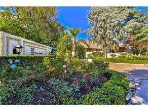 Photo of 6121 SHOUP Avenue #19, Woodland Hills, CA 91367 (MLS # SR19001616)
