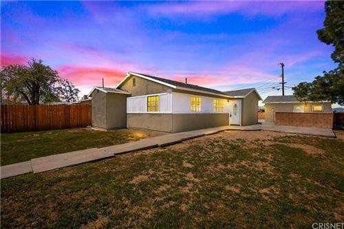 Photo of 38763 FRONTIER Avenue, Palmdale, CA 93550 (MLS # SR20062616)