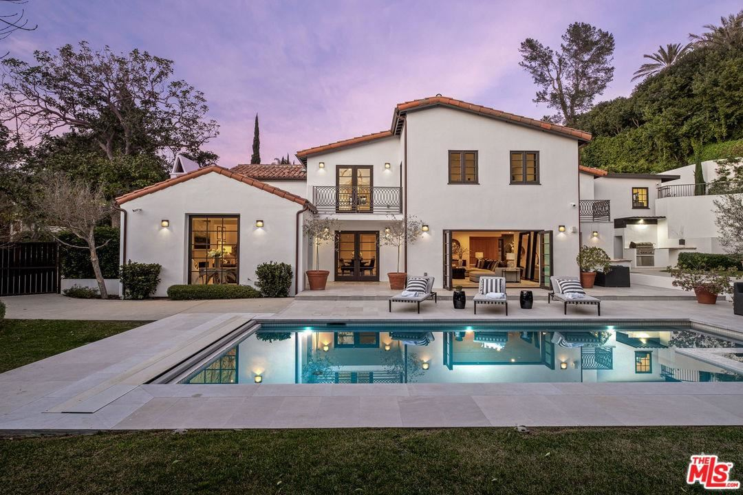 Photo of 1118 TOWER Road, Beverly Hills, CA 90210 (MLS # 20550616)