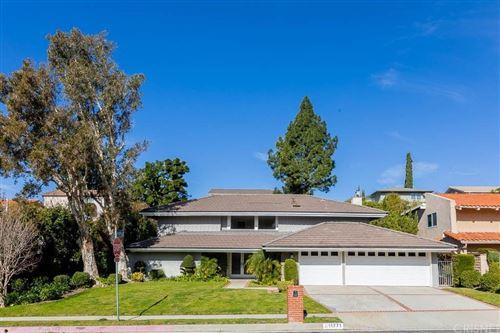 Photo of 11771 PRESTON TRAILS Avenue, PORTER RANCH, CA 91326 (MLS # SR20031618)